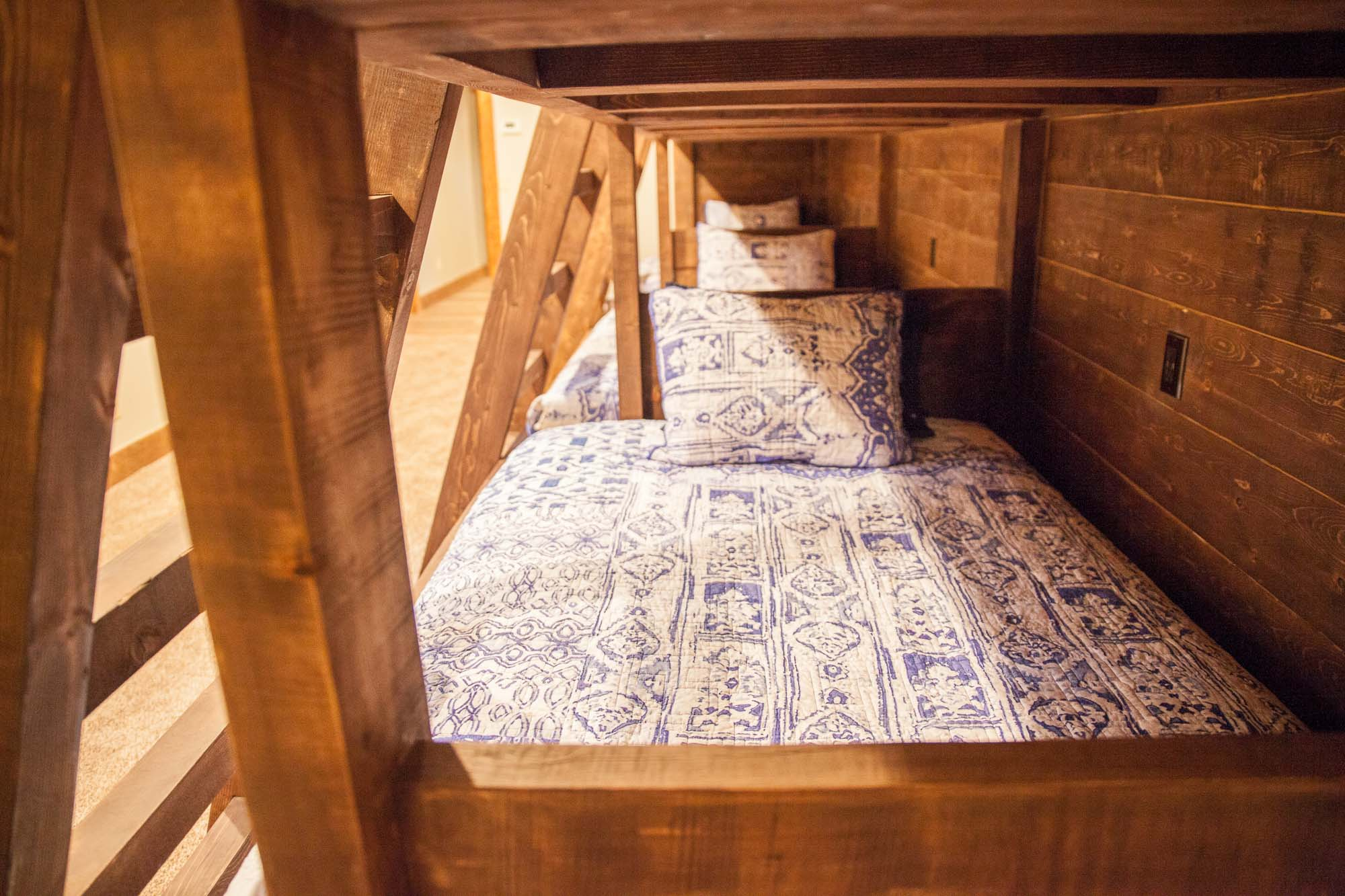 custom-designed-log-timber-homes-107