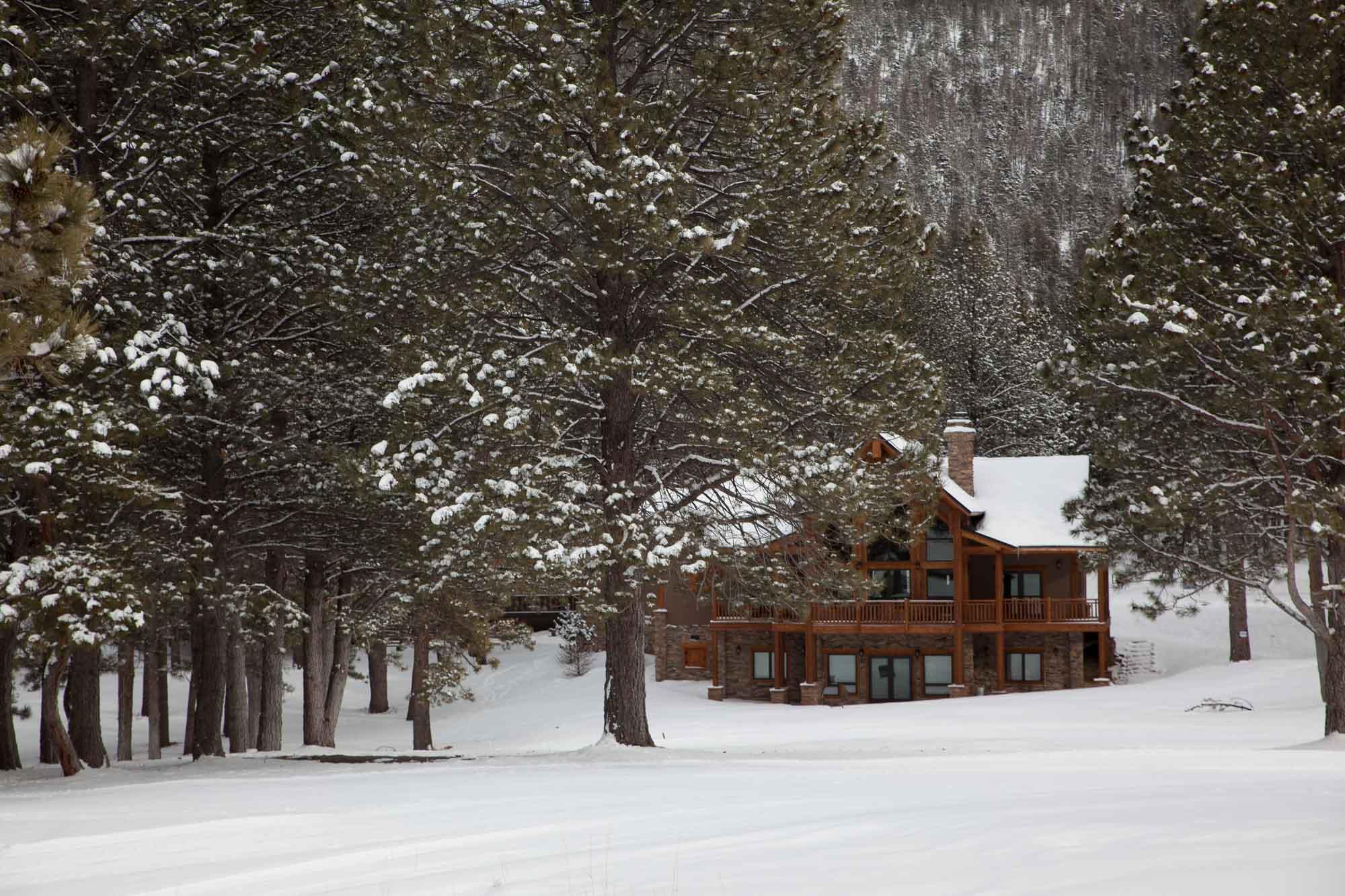 custom-designed-log-timber-homes-15
