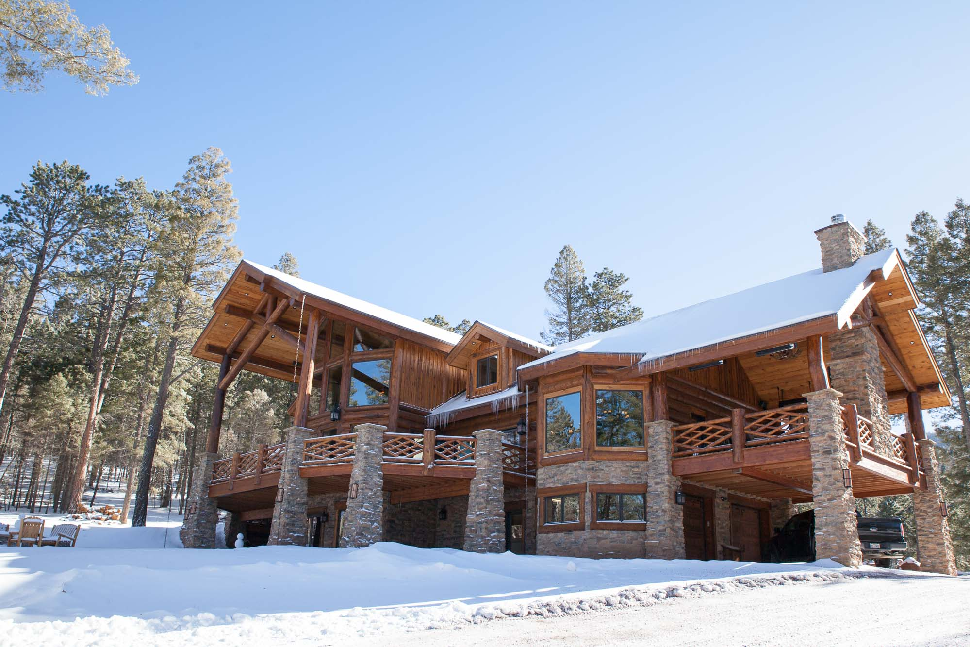 log home for your winter mountain retirement-2