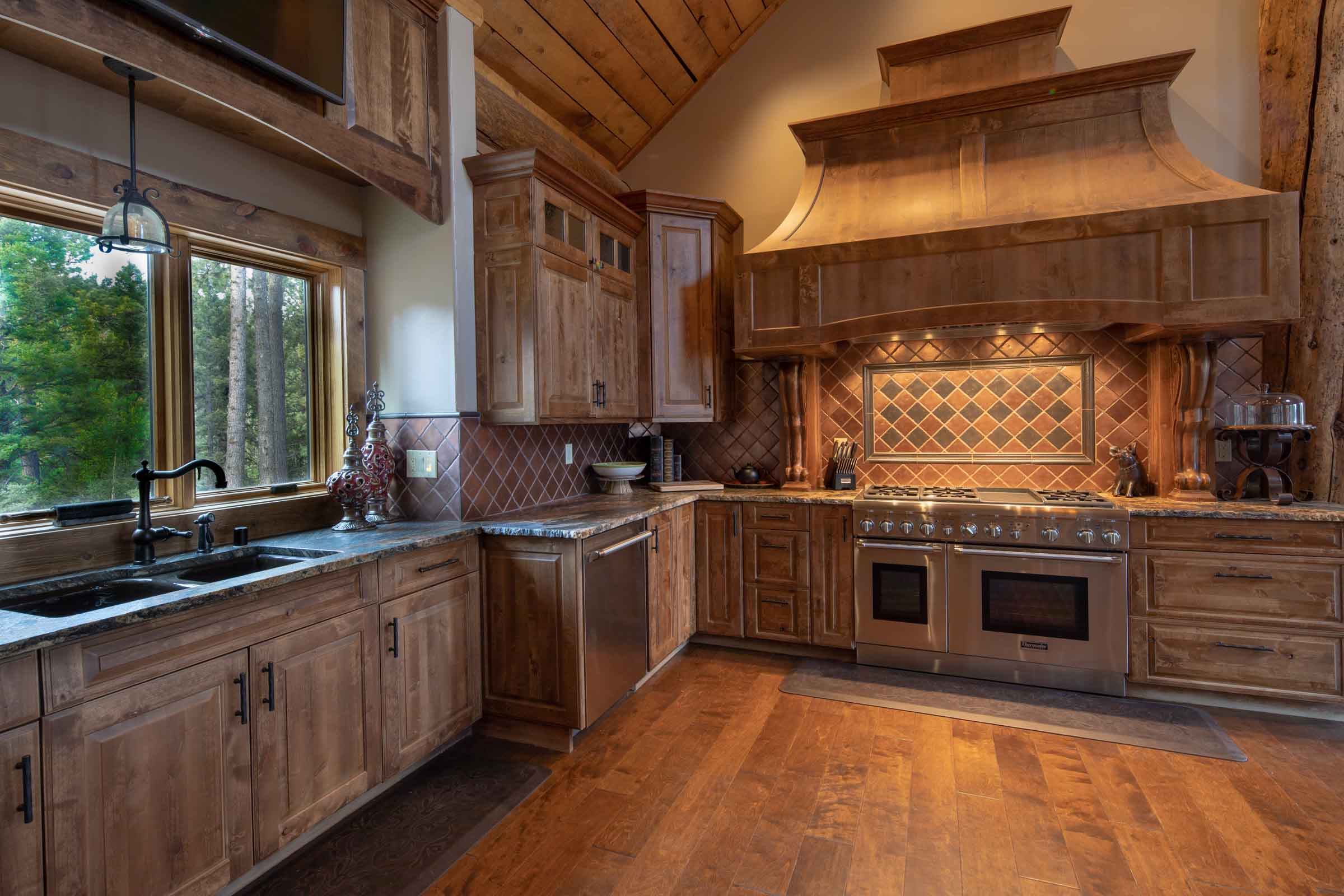 Luxury log cabin angel fire new mexico-19