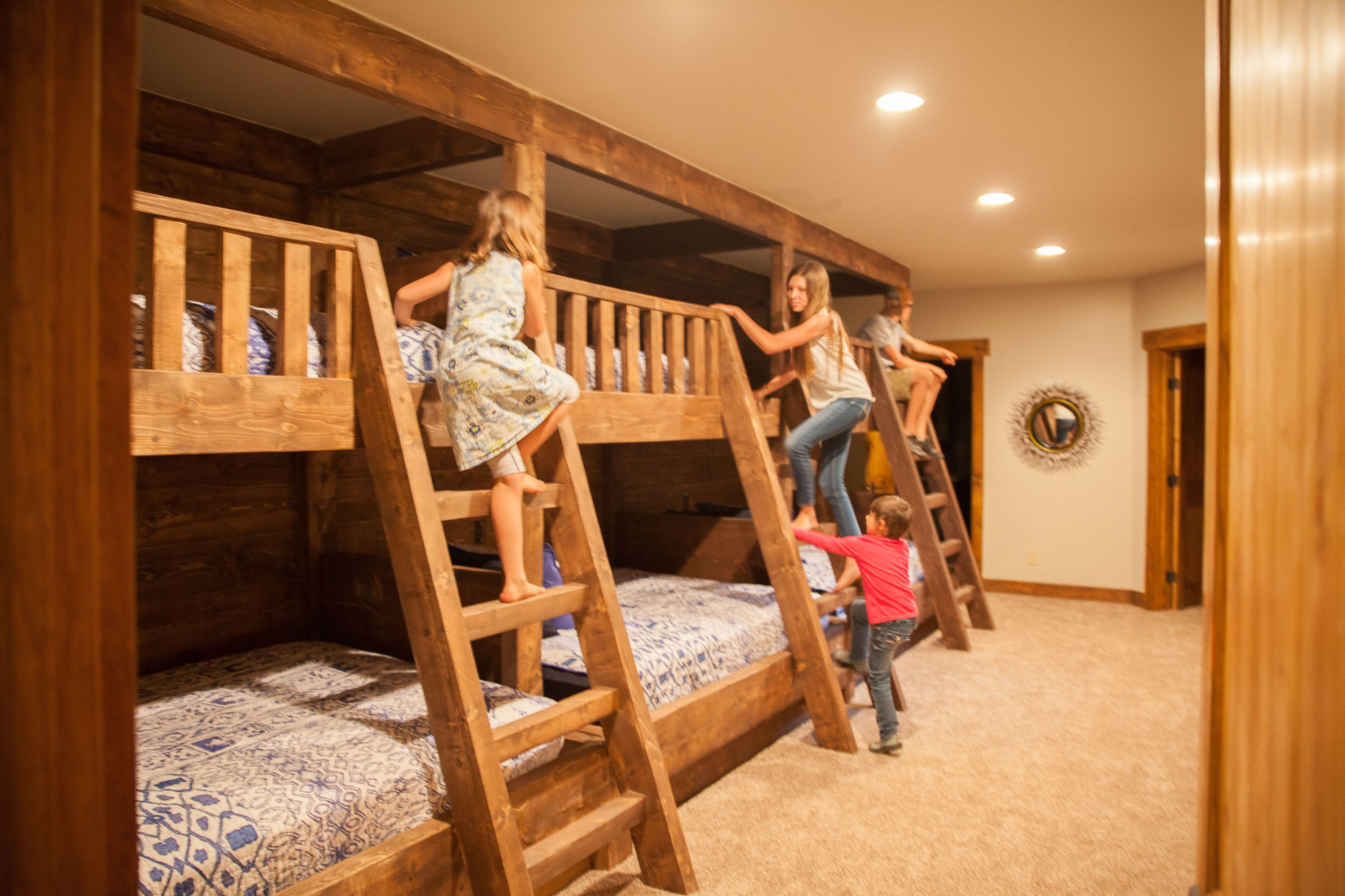 epic luxury lodge with bunk beds