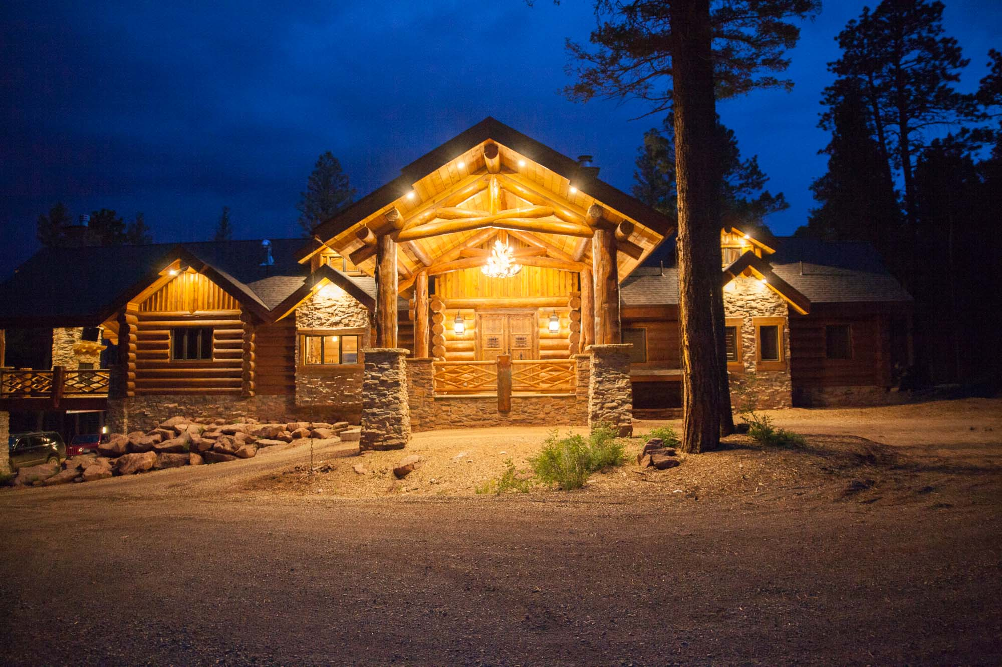 custom-designed-log-timber-homes-125