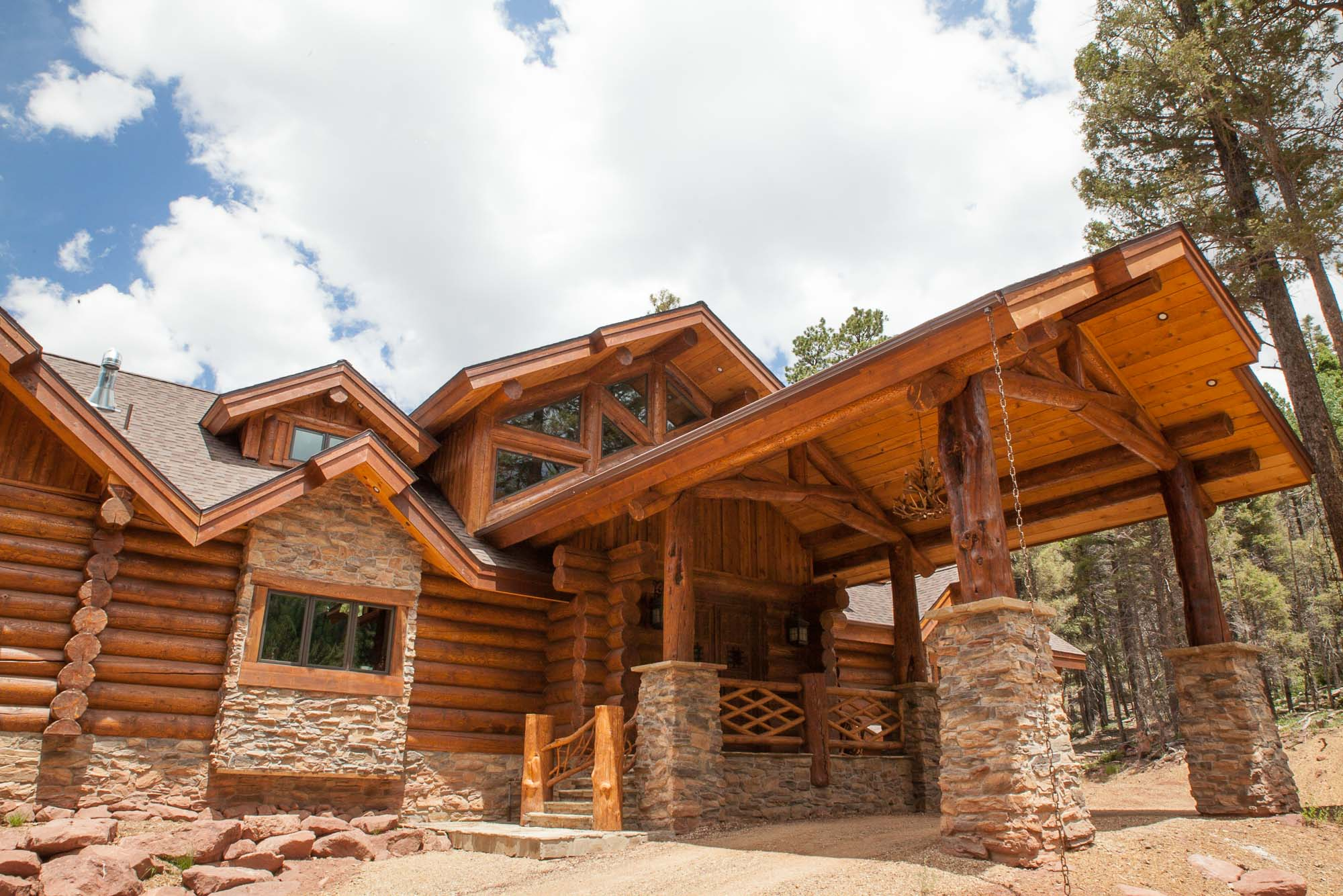 custom design log cabin in angel fire