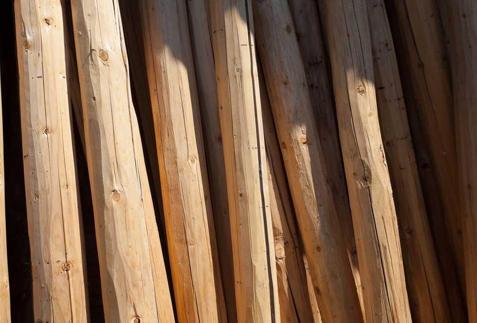 log and timber construction materials