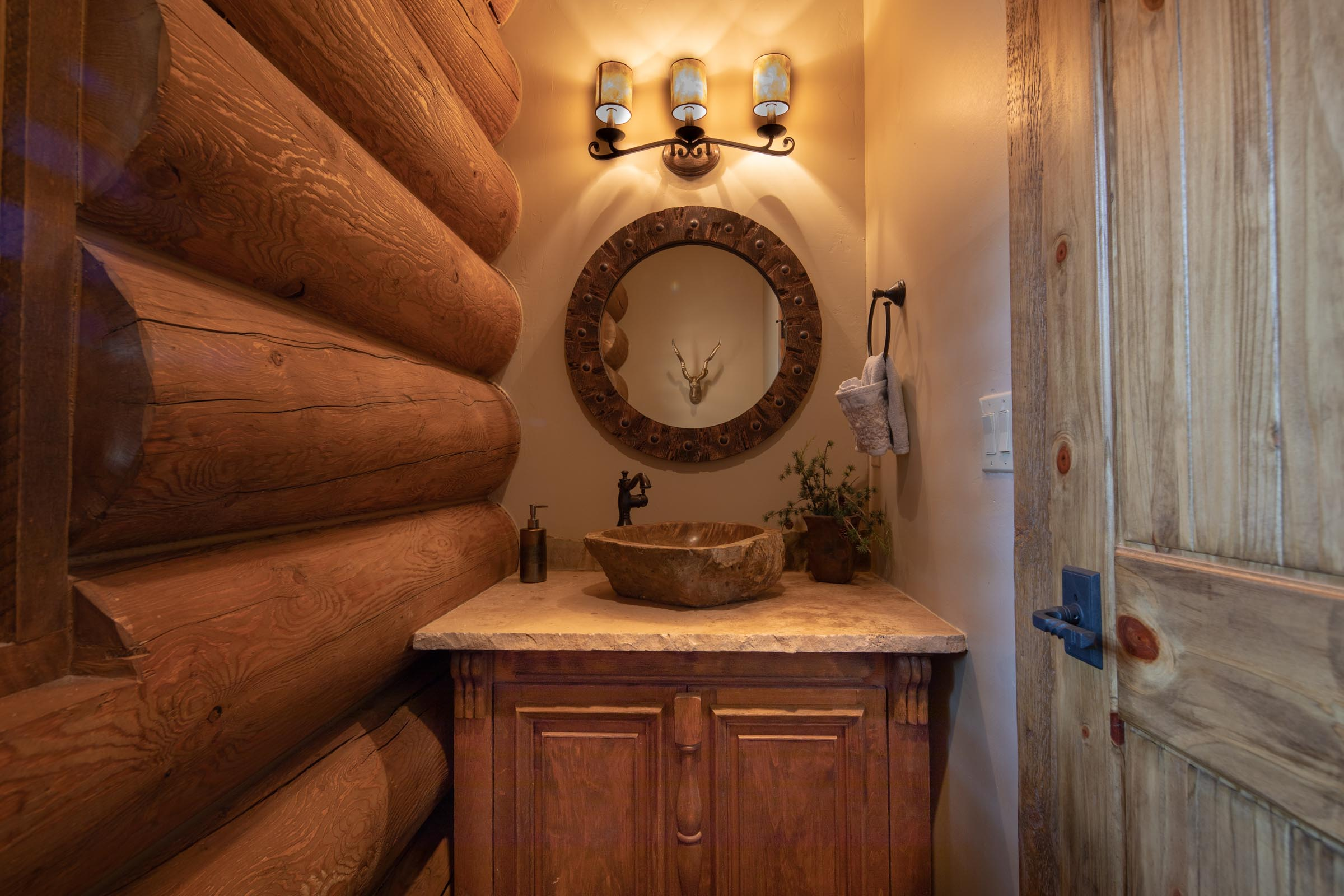 Luxury log cabin angel fire new mexico-25